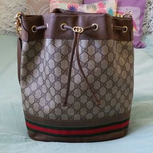 Gucci Bags - Gucci bucket bag
